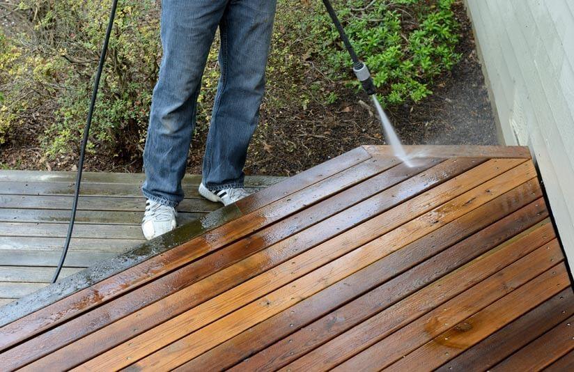 Terrassendielen Streichen So Olen Und Pflegen Sie Ihre Terrasse Richtig