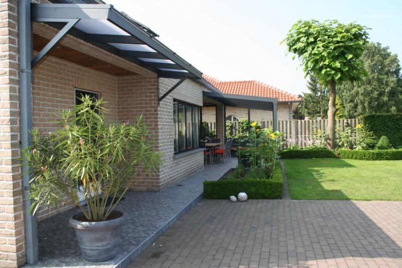 aluminium terrassen berdachung glas. Black Bedroom Furniture Sets. Home Design Ideas