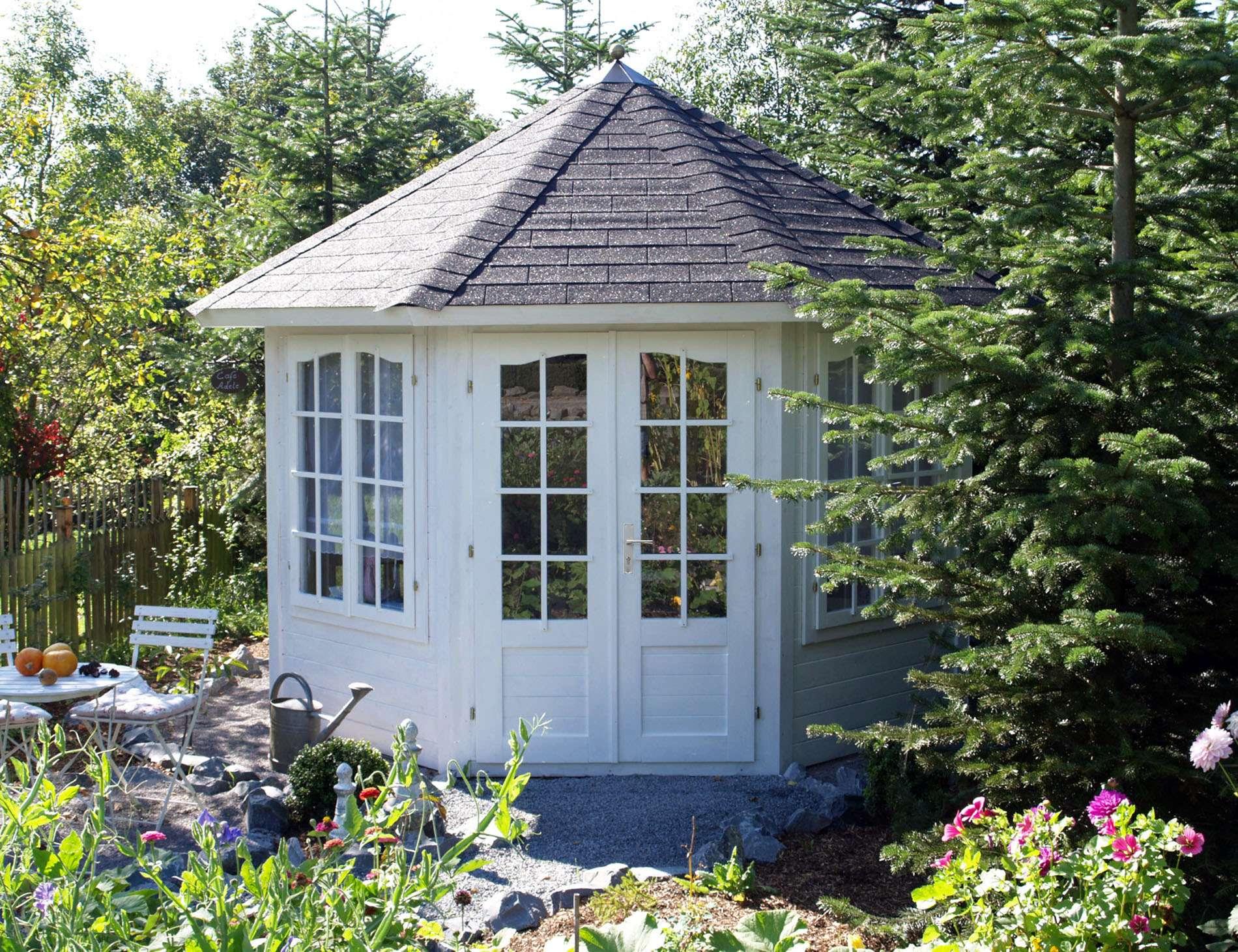inspiration gartenhaus mit aufbau und fundament schema garten design ideen. Black Bedroom Furniture Sets. Home Design Ideas
