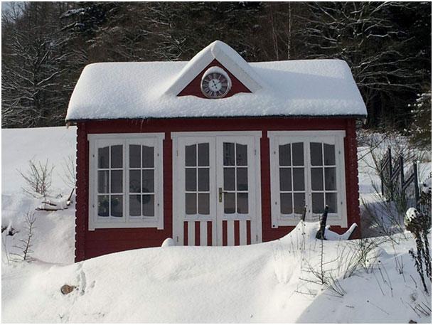 Clockhouse winter