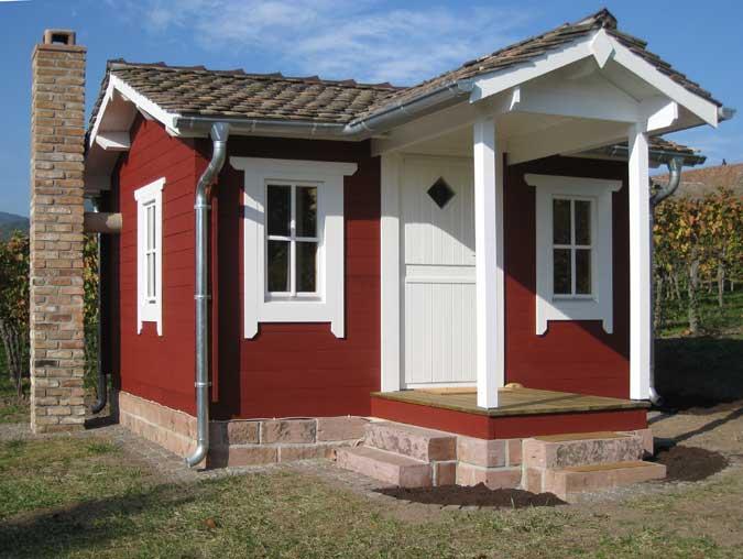 Gartenhaus mit Schieferplatten