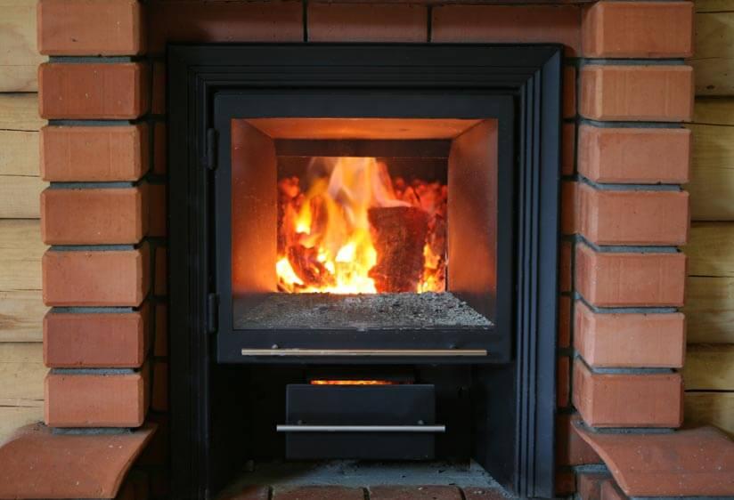 Holzofen Flammen