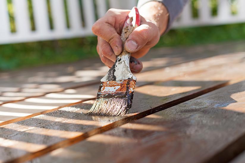 Fußboden Dielen Weiß Streichen ~ Terrassendielen streichen so ölen und pflegen sie ihre terrasse