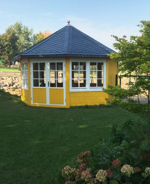 gartenpavillon modell baltrum mit sieben fenstern. Black Bedroom Furniture Sets. Home Design Ideas