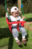 Baby Schaukel rot (inkl. Seil und Haken)