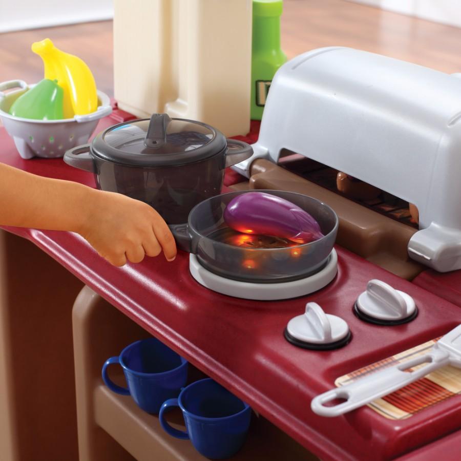 grand begehbarer k che grill. Black Bedroom Furniture Sets. Home Design Ideas